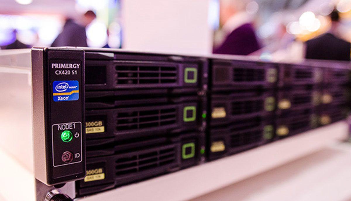 Fujitsu PRIMERGY CX420: Erschwingliche Business Continuity für KMU