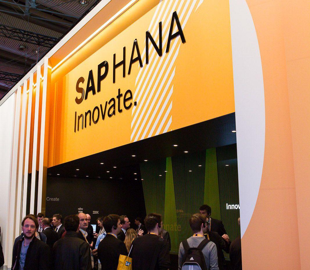 Fujitsu CeBIT Blog SAP HANA Halle 4