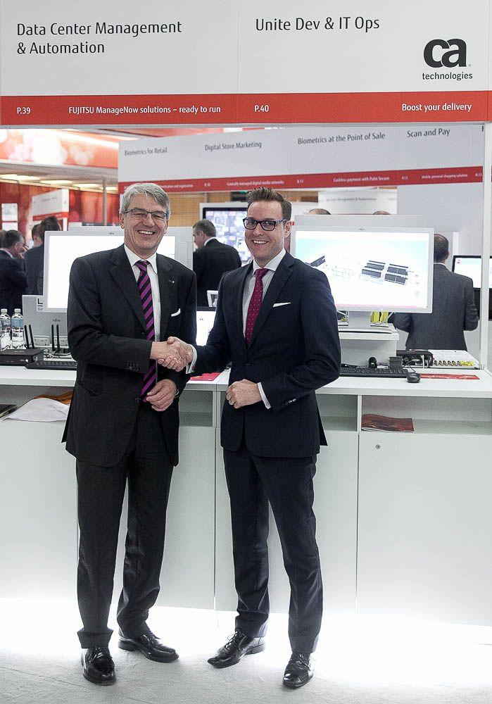 20141119-Fujitsu-Forum-2014_CA_Vertragsunterzeichnung-001