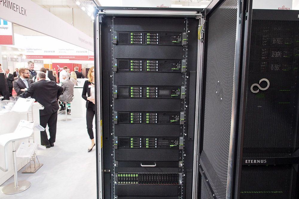 20150317-Fujitsu-CeBIT2015-CD10000-001