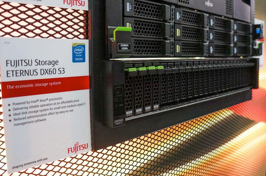 20150318-Fujitsu-CeBIT2015-Eternus-0001
