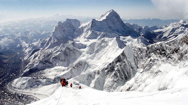 Bergsteiger auf dem Gipfel - Storage Days 2018