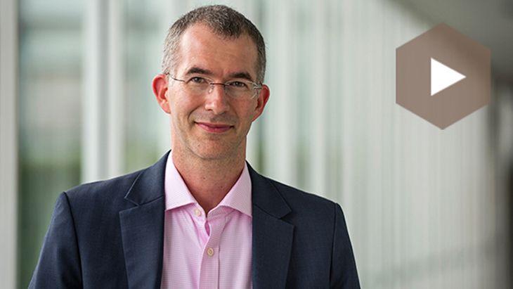 Scott Anthony über den Umgang mit digitaler Konkurrenz
