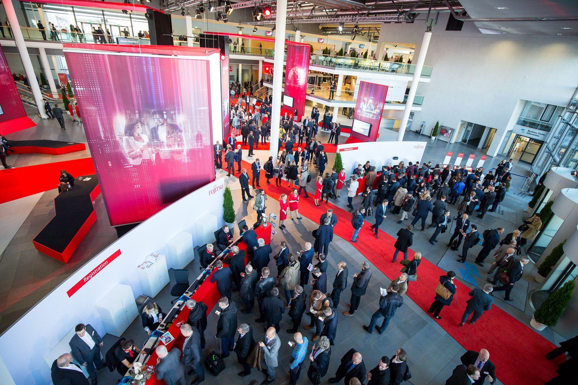 Fujitsu Forum 2018 - Eingangsbereich