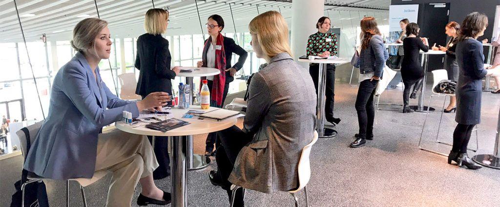 Speed Dating mal anders: Speed Mentoring auf der women&work