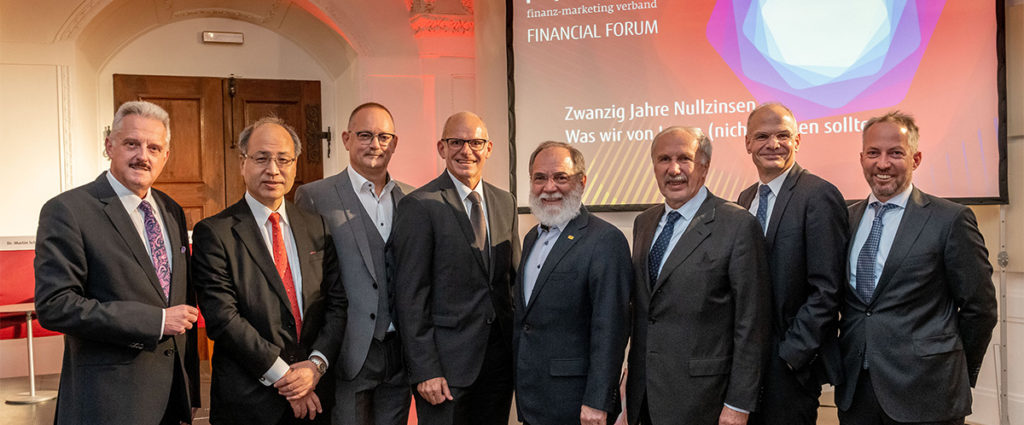 Fujitsu setzt Impulse beim Financial Forum 2019